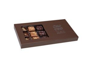 Kartong med 18 st läckra chokladpraliner.
