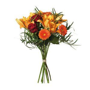 Höstbukett med asiatisk lilja, rosor och germini i orange och rött tillsammans med gröna blad. Skicka blommorna med bud från Interflora - beställ enkelt direkt på nätet.