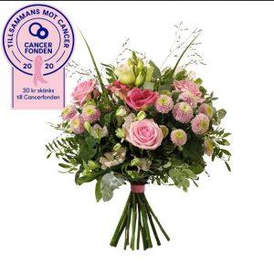 Rosa bandet bukett med rosor, prärieklocka, krysantemum, alstroemeria, eukalyptus och gröna blad. Skicka blommorna med bud från Interflora och gör någon glad!